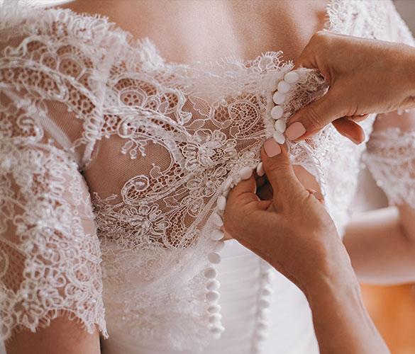 Robe de mariée - Mon savoir faire - Elvisa JASAK - Paris - Femme élégante - Conseillère en image vestimentaire