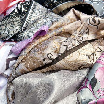 Les écharpes et les foulards - Elvisa JASAK - Paris - Conseillère en image vestimentaire