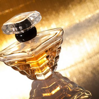 Les parfums - Elvisa JASAK - Paris - Conseillère en image vestimentaire