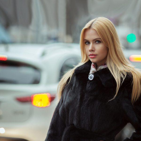 Rester élégante même en hiver, c'est possible - Femme élégante - Elvisa JASAK - Paris